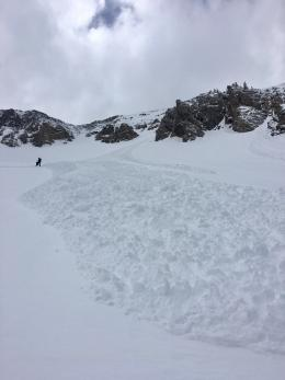 Loose snow avalanche 1, N. Bridgers